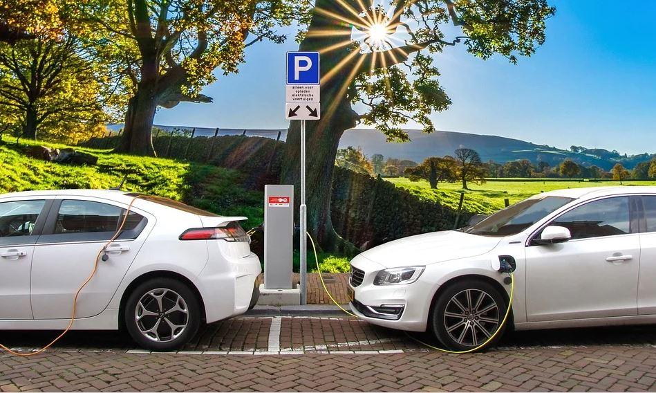 Waarom kiezen voor een elektrische leaseauto?
